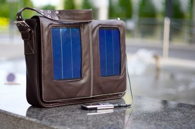 SunnyBag with Solar Panels