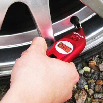 Powerplus Pelican Solar Digitar Tyre Pressure Gauge